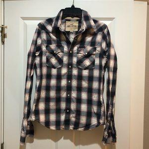 Hollister men's button down plaid shirt